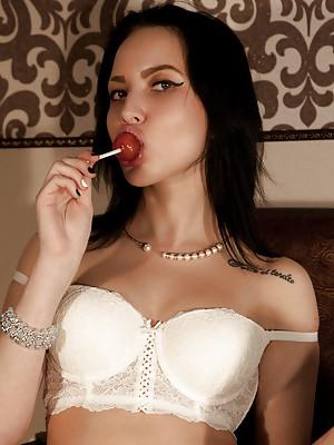 Zara D Candy