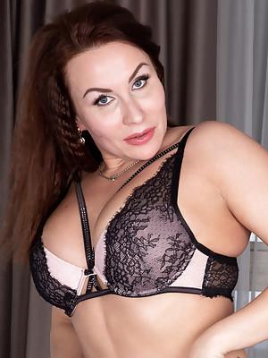 Tanya Foxxx Intimate Desire