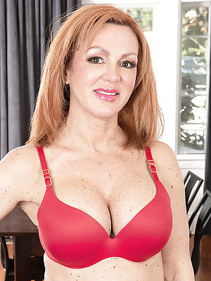 Newcomer Nina Lakes: better with age